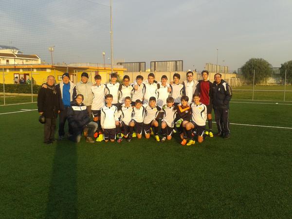Footballite adelfia scheda squadra puglia for Sud arredi adelfia